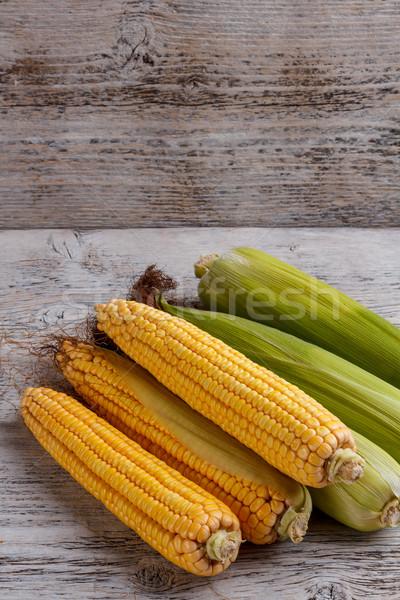 Csemegekukorica friss fa asztal háttér kukorica fiatal Stock fotó © grafvision