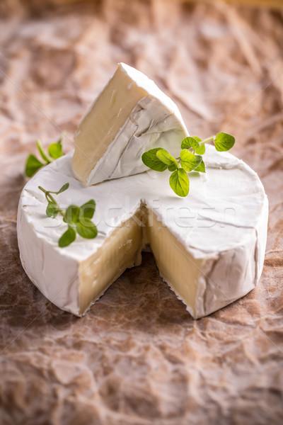 Camembert queso rústico alimentos mesa comida Foto stock © grafvision