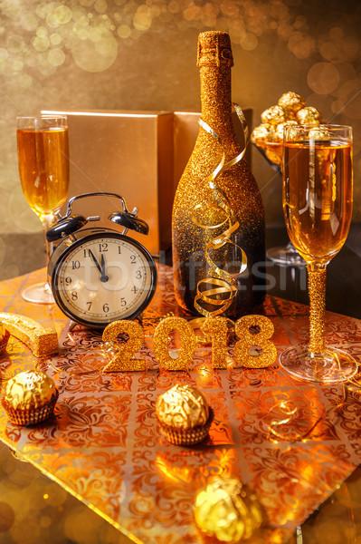 új év klasszikus ébresztőóra mutat éjfél buli Stock fotó © grafvision