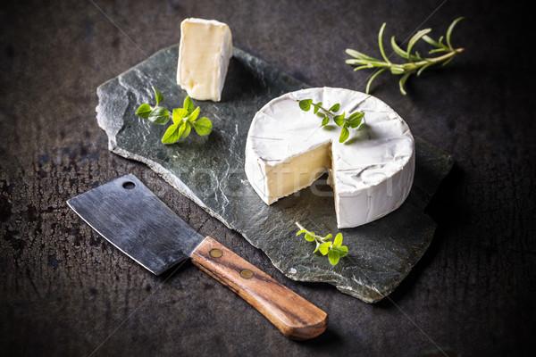 Queijo camembert francês peças servido comida preto Foto stock © grafvision