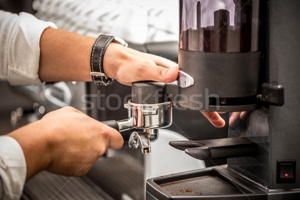 Stok fotoğraf: Barista · kahve · hazırlık · hizmet · adam