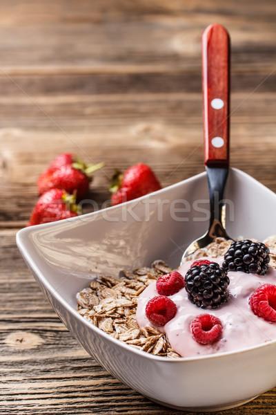 чаши мюсли йогурт свежие Ягоды красный Сток-фото © grafvision