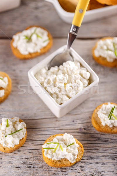 Mini bruschetta fromage cottage bois alimentaire fromages Photo stock © grafvision