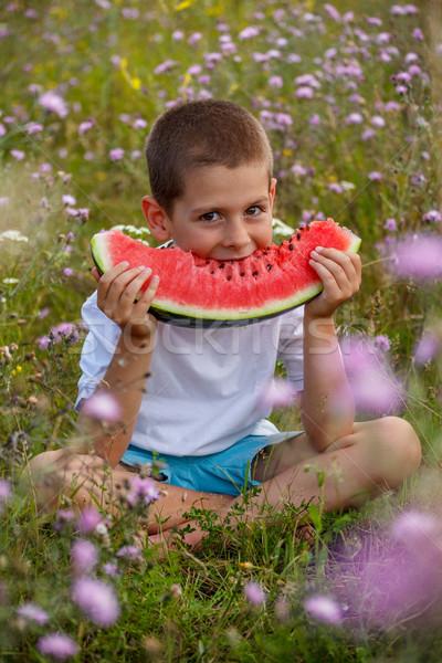 Foto d'archivio: Bambino · mangiare · anguria · felice · esterna · shot