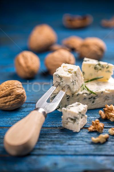 おいしい ブルーチーズ ナット 木製 表面 チーズ ストックフォト © grafvision