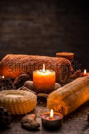 Aromaterapi mumlar havlu karanlık ahşap sağlık Stok fotoğraf © grafvision