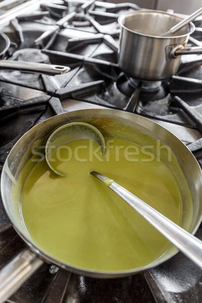綠色 奶油 湯 光 夏天 準備 商業照片 © grafvision