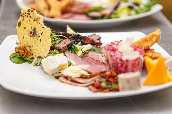 Finom előétel tányér felszolgált étterem asztal Stock fotó © grafvision