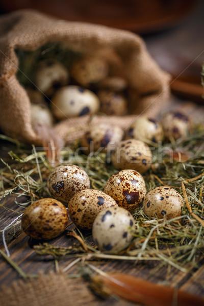 Huevos heno rústico mesa de madera fondo Foto stock © grafvision
