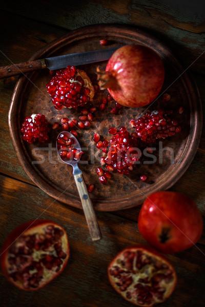 Rosso succosa melograno tutto rotto rustico Foto d'archivio © grafvision