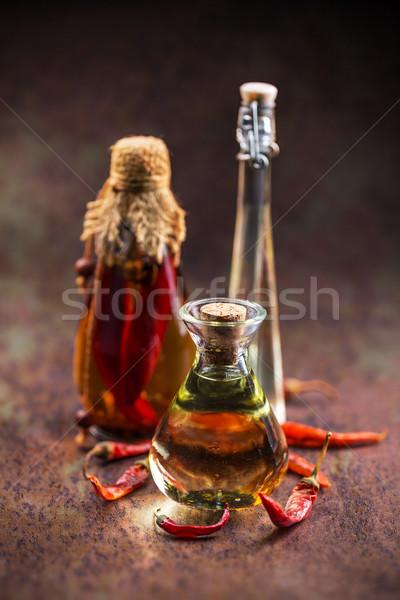 ストックフォト: 唐辛子 · 油 · 異なる · ガラス · ボトル · 赤
