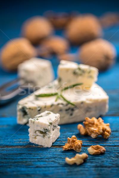 Queijo azul fatias fundo azul queijo Foto stock © grafvision