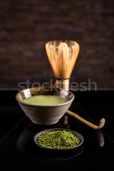 Foto stock: Té · verde · tazón · batidor · cuchara · madera · fondo