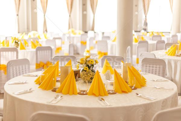 Esküvő asztal beállítások citromsárga étterem ebéd Stock fotó © grafvision