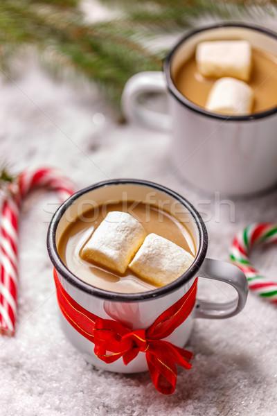 Ev yapımı sıcak çikolata emaye beyaz kupa ev Stok fotoğraf © grafvision