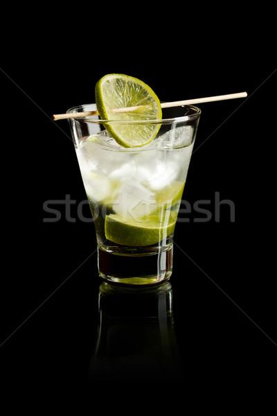 Wodka kalk ijs zwarte glas vruchten Stockfoto © grafvision