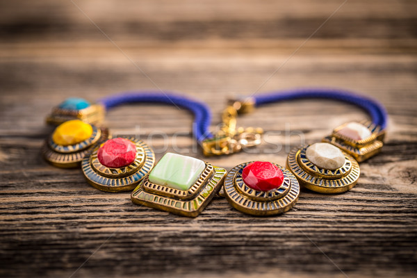 Ketting kleurrijk kostbaar stenen mode achtergrond Stockfoto © grafvision
