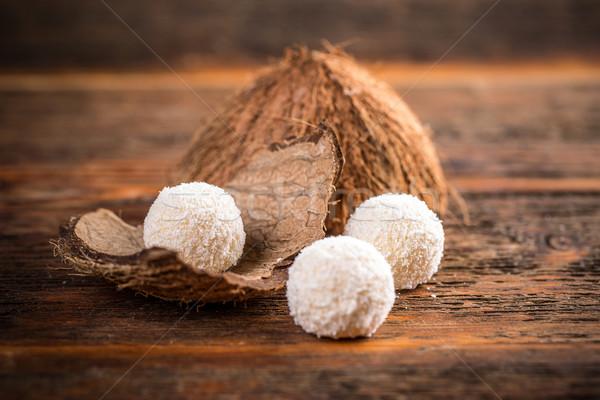 Branco chocolate marshmallow bola de neve coberto coco Foto stock © grafvision