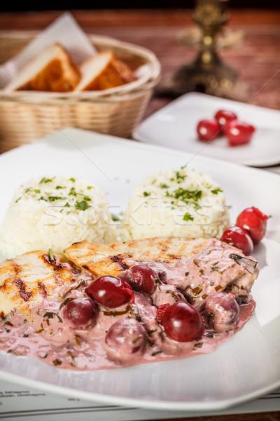 Grillcsirke mell körítés felszolgált étterem étel Stock fotó © grafvision