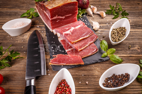 Szeletel füstölt disznóhús hús fából készült zöld Stock fotó © grafvision