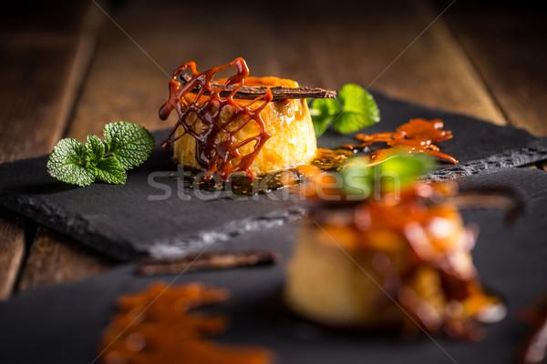 Karamel saus vanille mint restaurant zwarte Stockfoto © grafvision