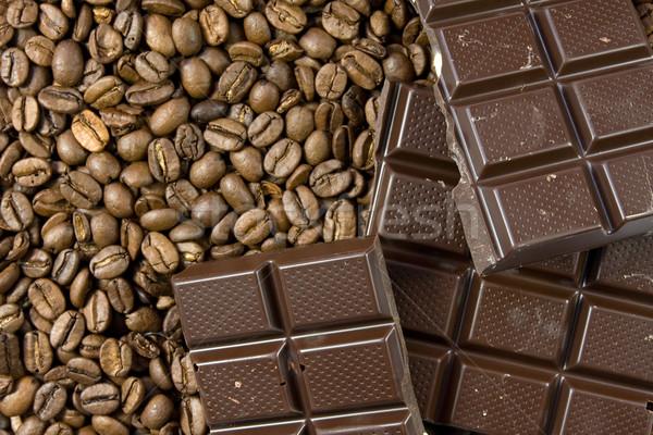 Chicchi di caffè cioccolato fondente primo piano alimentare cioccolato sfondo Foto d'archivio © Grazvydas