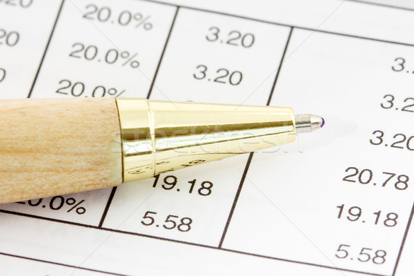 Pióro finansowych arkusz kalkulacyjny numery list finansów Zdjęcia stock © Grazvydas