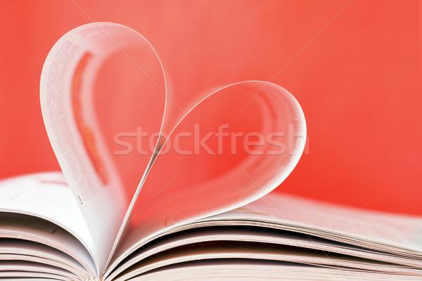 Сток-фото: любви · формы · сердца · книга · бумаги · обучения