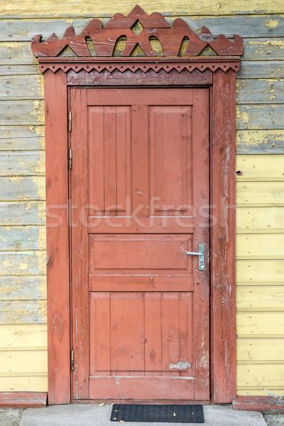 Vecchio porta rosolare legno costruzione muro Foto d'archivio © Grazvydas