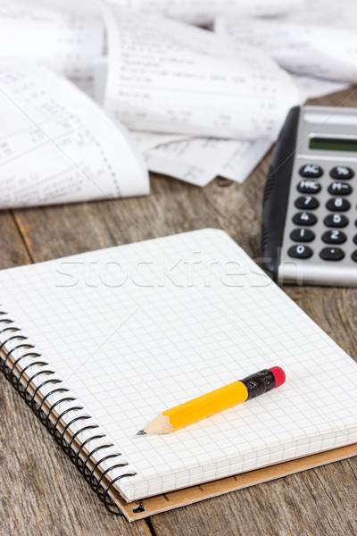 Gastos espiral cuaderno calculadora comestibles compras Foto stock © Grazvydas