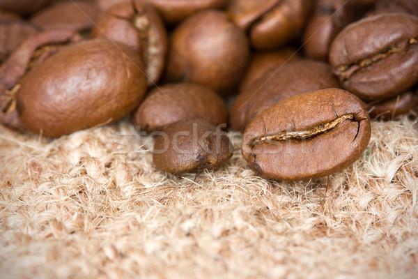 Grains de café toile de jute texture café boire Photo stock © Grazvydas