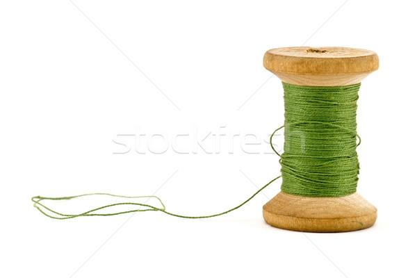 Verde fio carretel isolado branco de costura Foto stock © Grazvydas