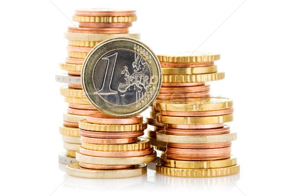 Verschillend hoogte euro munten geïsoleerd witte Stockfoto © Grazvydas