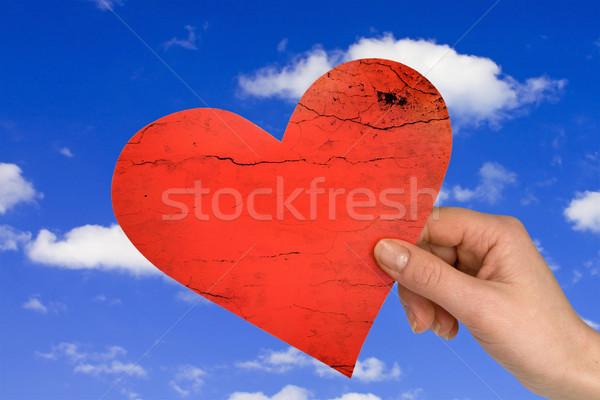 El kalp gökyüzü sevmek tıp kadın Stok fotoğraf © Grazvydas