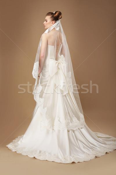 Wdzięczny kobieta świetle sukienka zasłona dziewczyna Zdjęcia stock © gromovataya