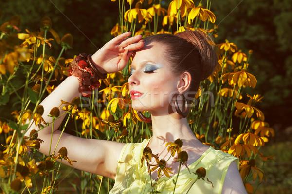 リラックス 空想 女性 フローラル 花 少女 ストックフォト © gromovataya
