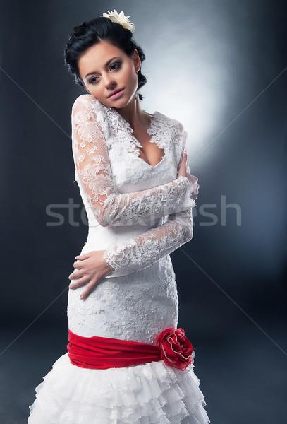 Anziehend Braut Brünette Supermodel Hochzeit weißen Kleid Stock foto © gromovataya