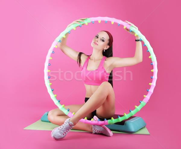 Wellness sportu klub kobieta posiedzenia wyposażenie Zdjęcia stock © gromovataya