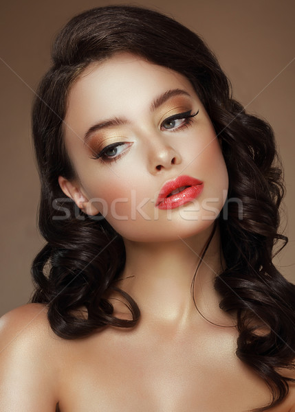ábrázat este smink elegáns nő arany Stock fotó © gromovataya