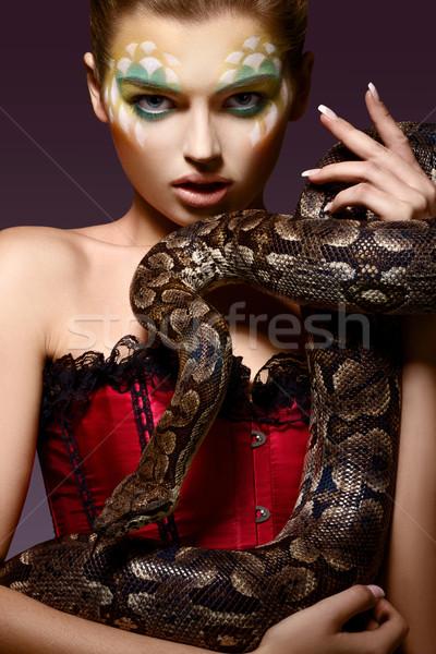 Serpiente fantasía mujer serpiente manos Foto stock © gromovataya