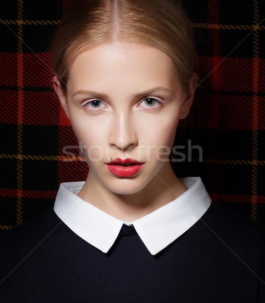 Elegancki charyzmatyczny kobiet twarz włosy Zdjęcia stock © gromovataya