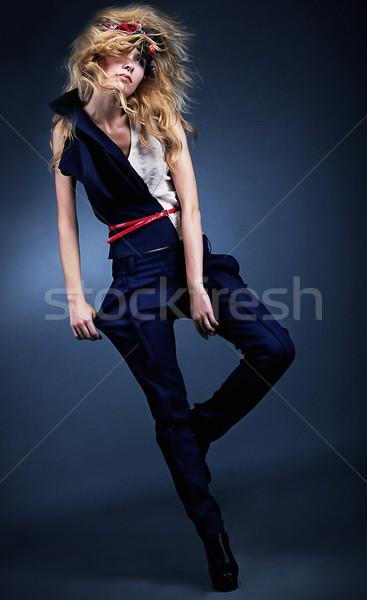 Elegante moda modelo posando azul perneiras Foto stock © gromovataya