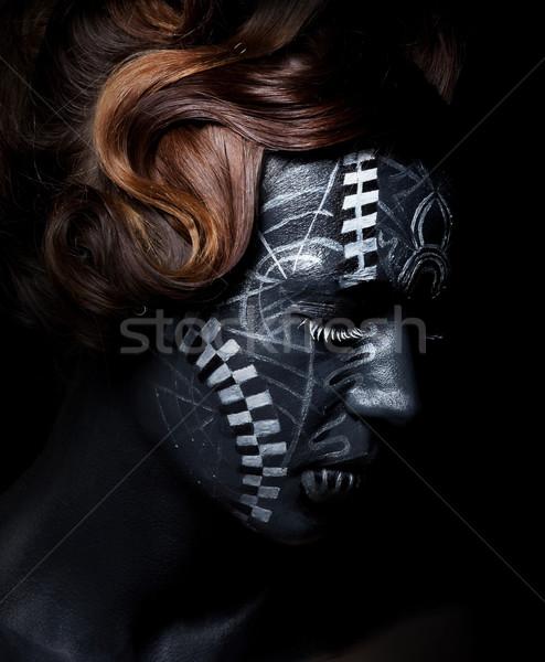 Etnische stijl vrouwelijke gezicht Tribal geschilderd Stockfoto © gromovataya