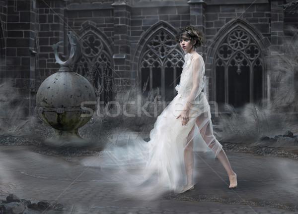 Tajemnicy magic kobieta sylwetka starych dymny Zdjęcia stock © gromovataya