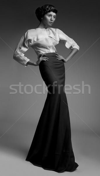 Elegância luxuoso genuíno senhora clássico longo Foto stock © gromovataya