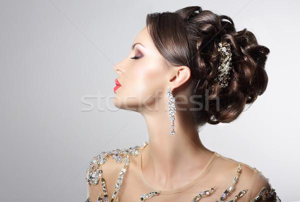 Divatos barna hajú jelmez ékszerek trendi nő Stock fotó © gromovataya
