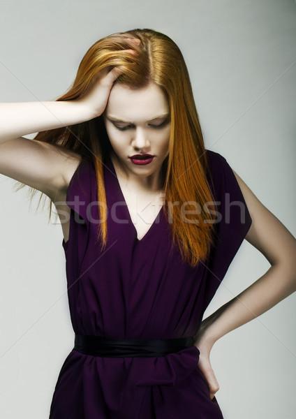 Tristesse malheureux femme rouge tête Photo stock © gromovataya