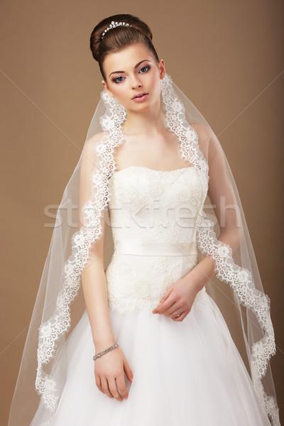 Eleganz anziehend Braut Schleier Spitze Mädchen Stock foto © gromovataya