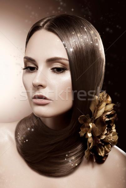 Mooie brunette vrouw gezonde lang rechtdoor Stockfoto © gromovataya