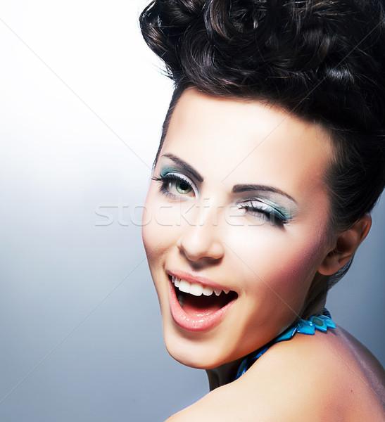 öröm boldog flörtölő mosolyog mosoly divat Stock fotó © gromovataya